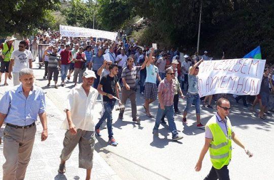La marche du livre le samedi 29 juillet 2017 à Aokas dans la grande mobilisation - Page 3 Aokas4-540x356