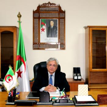 Lotfi Benbahmed, ministre délégué à l'Industrie pharmaceutique.