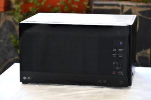LG Electronics dévoile le micro-onde NeoChef